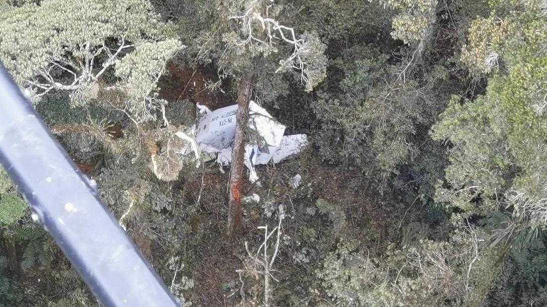 Kondisi badan pesawat Rimbun Air Seri 300 PK OTW yang ditemukan di Kampung Bilogai, Rabu (15/9/2021). Foto: Humas Polda Papua